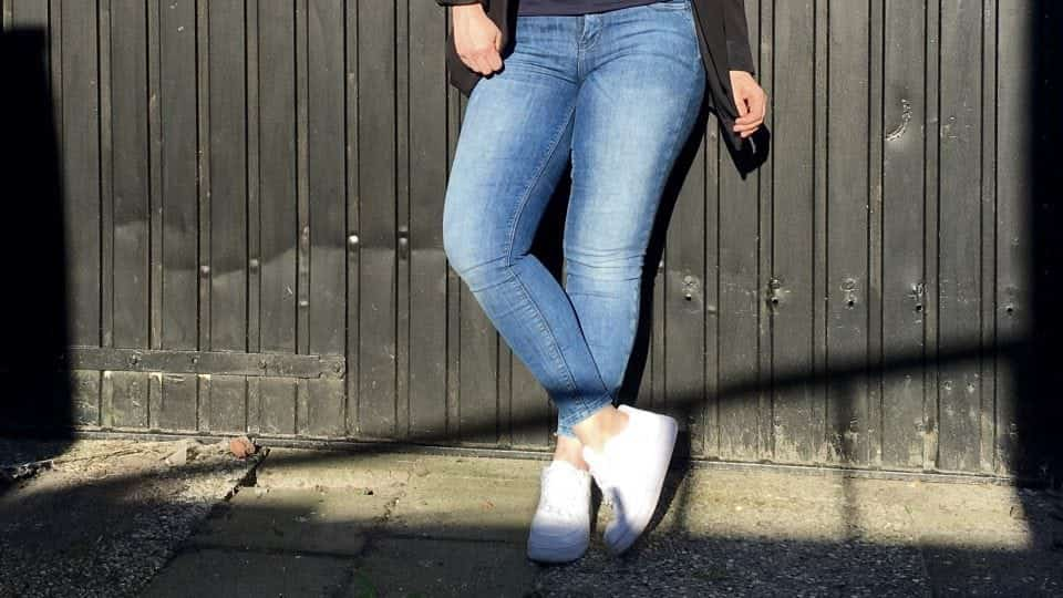 Gezocht: Perfecte jeans voor mama met korte beentjes en baarheupen