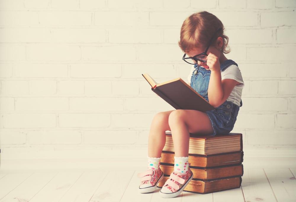 Voorlezen, wordt je kindje daar slimmer van?