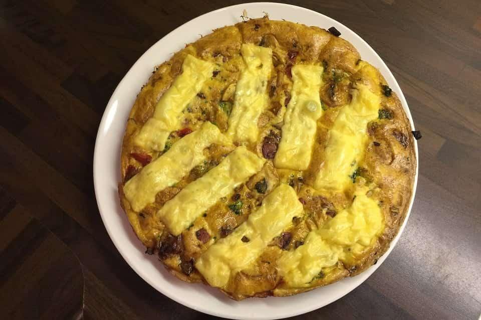 Frittata met spek en groente: vers koken ondanks tijdtekort