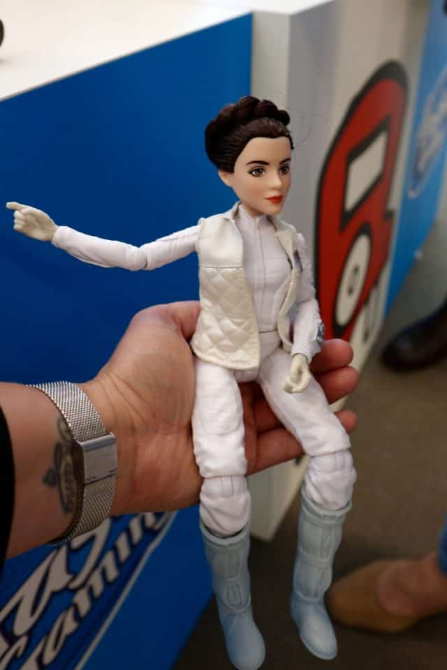 Star Wars Forces of Destiny Leia en r2d2 princess Leia Leia pop pieten pakhuis hasbro play doh my little pony star wars mamablog