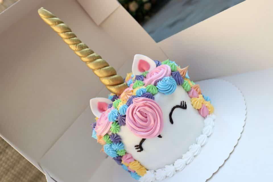 unicorn cake Eenhoorn taart buffetten boer buffet