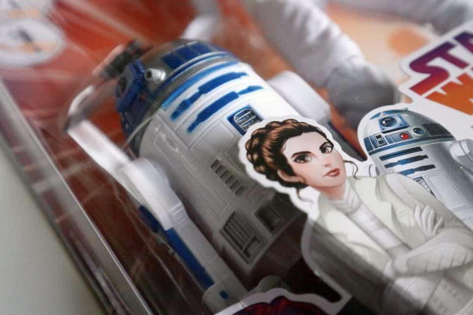review Star Wars Forces of Destiny Leia pop R2D2