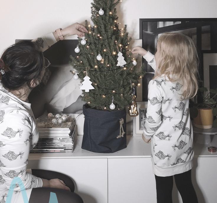 Twinning is winning met de twinning outfits van Lucky Leaf | #8daysofchristmas2018 matching outfits moeder en dochter lucky leaf